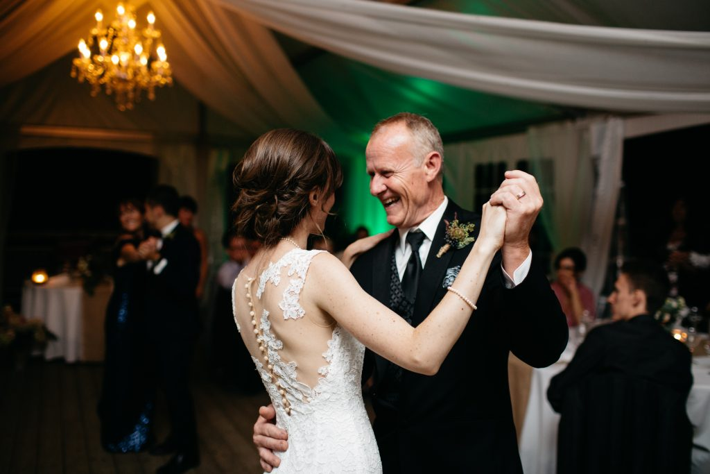 Father daughter dance, Wedding at la Maison d'Evelyn, Saint-Jude
