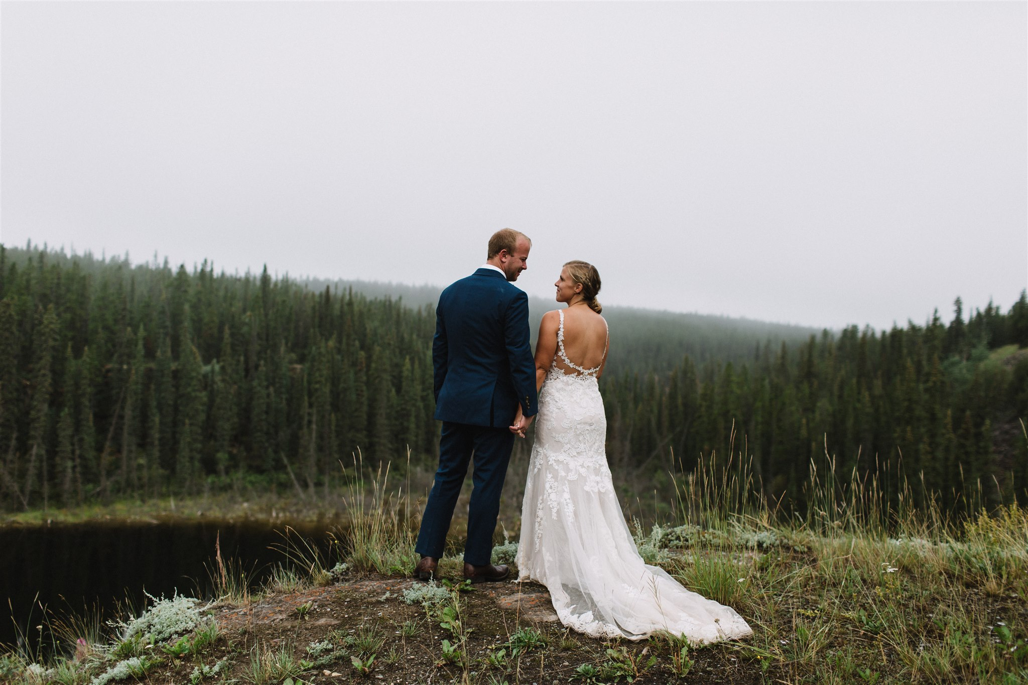 Yukon wedding photography by Tea & Oranges.